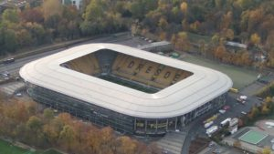 Dynamo Stadion Dresden aus dem Ballon betrachtet. Mit Ballonfahrten Sachsen in Kesselsdorf Ballonscheune Ronny Lorenz. Ballonfahrten in Pirna meißen Freital Freiberg meissen Bad Schandau Großenhain. Sachsen Ballonfahrten